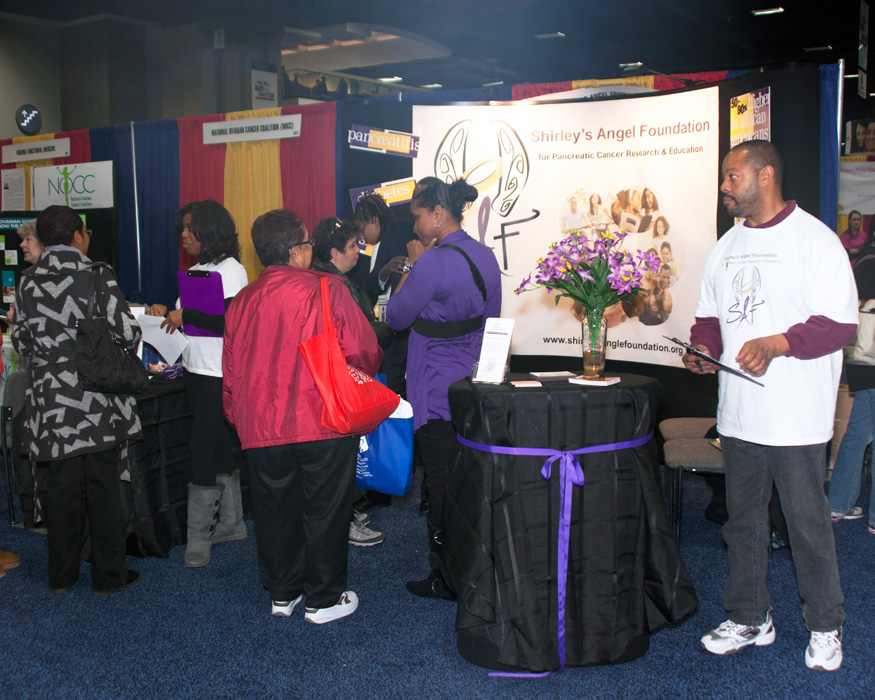 Family working at Shirley's Angel Foundation at NBC 4 Health and Fitness Expo 2010