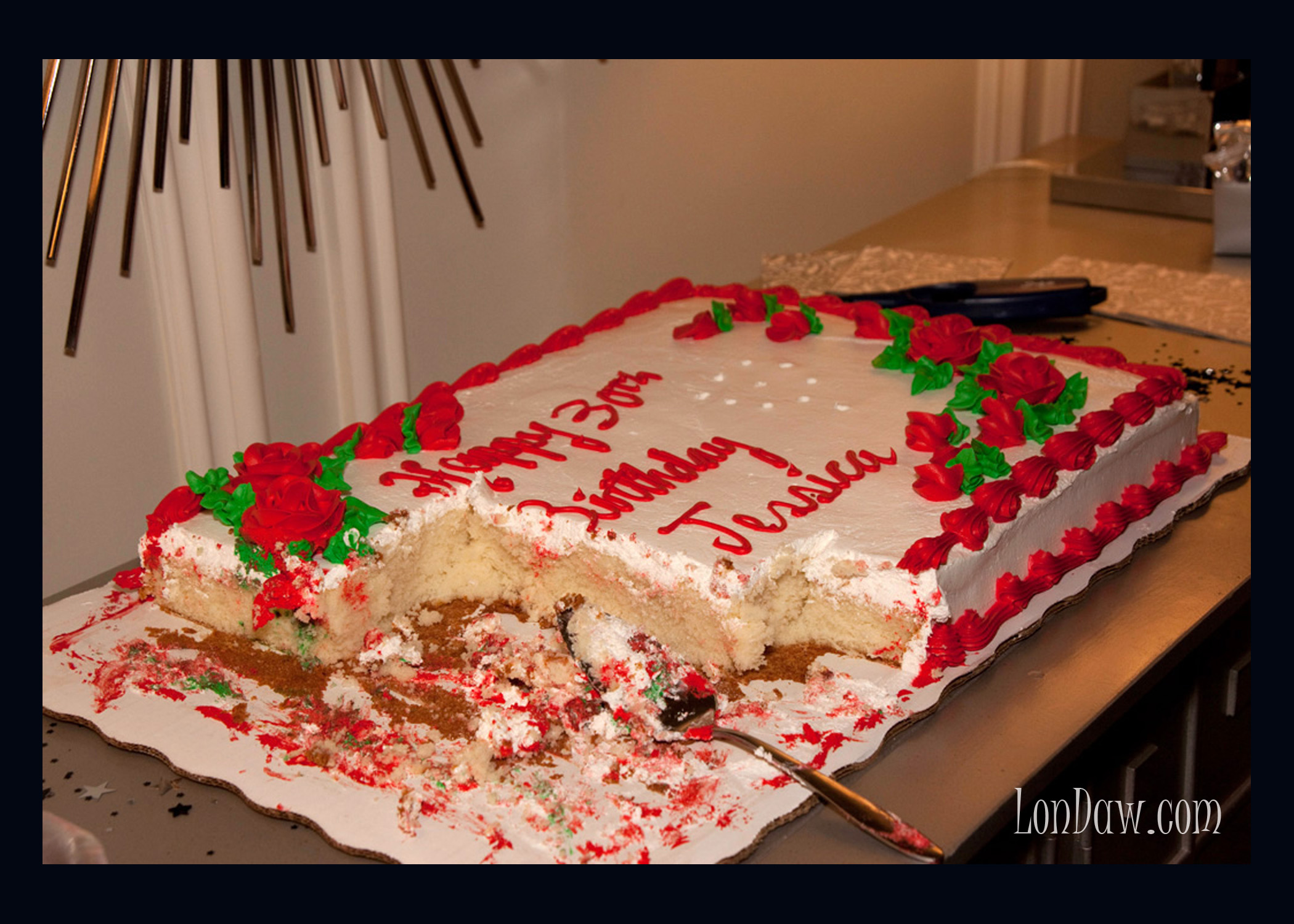Images Of Eaten Birthday Cake : Everyone loves a beautiful cake. Half eaten cakes as art ...