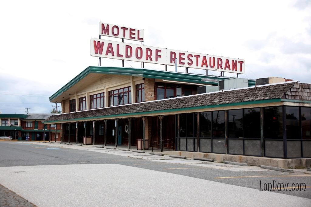 The Waldorf Motel