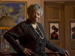 Author and poet Maya Angelou is photographed at home on April 4, 2008, in New York. She died May 28 at the age of 86.  (Photo: Robert Deutsch, USA TODAY)
